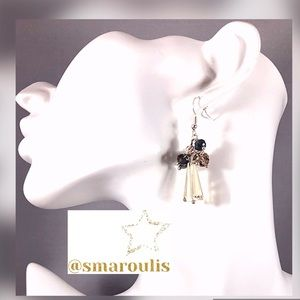Frontrow.Style Jewelry - Sterling Silver Earrings Champagne Crystal Fun